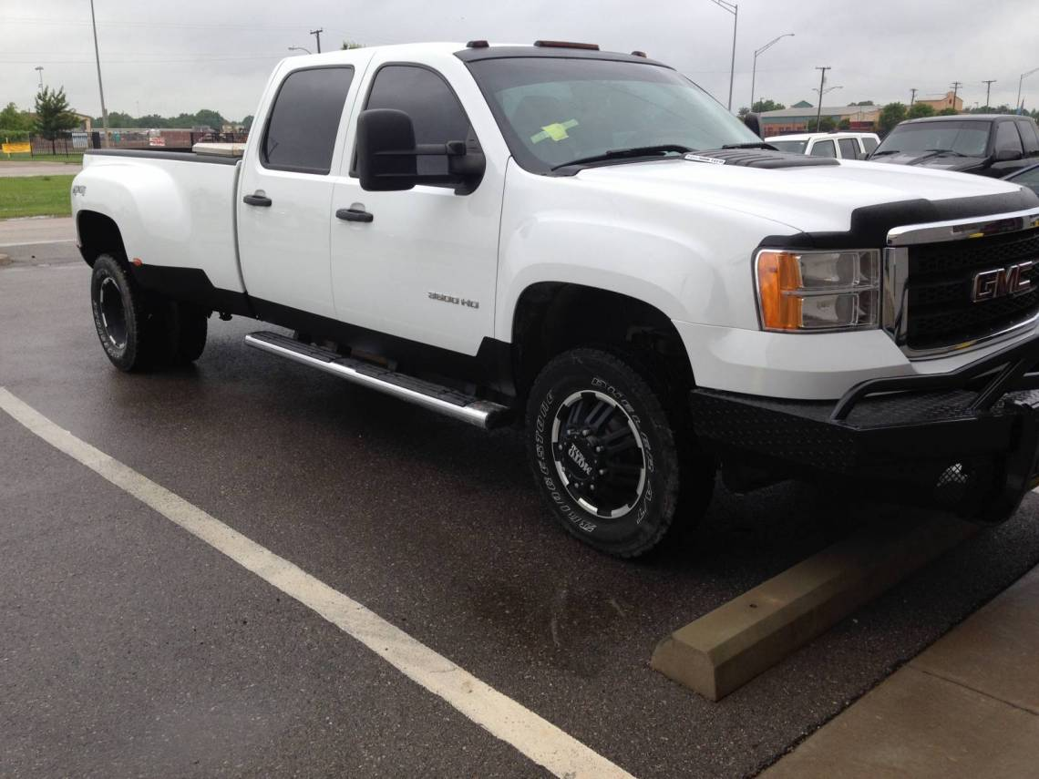 Gmc Sierra With Line X Rock Guards